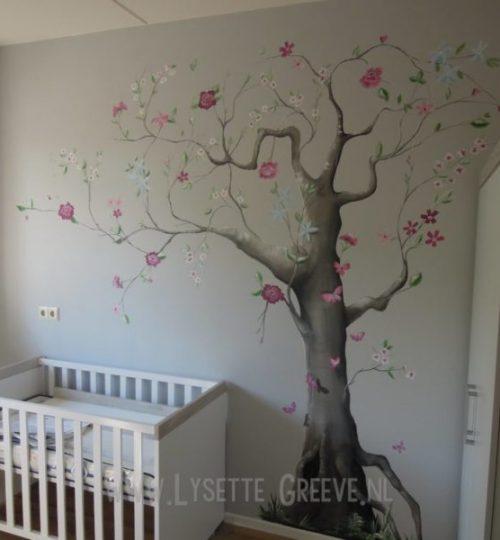 Muurschildering, Boom, bloemen, vlinders, kinderkamer, babykamer